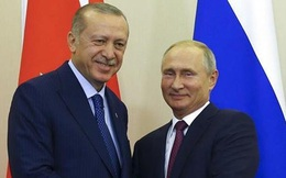 """""""Bắt tay"""" với Thổ ở Syria, Nga """"lợi đơn lợi kép"""" và thương vụ S-400"""