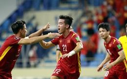 Đẳng cấp, tầm cao mới của bóng đá Việt