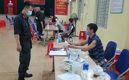 Bắc Giang: 7 người tụ tập xem bóng đá giữa tâm dịch bị phạt 105 triệu đồng