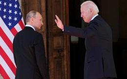 """TT Biden từng nói """"không thấy linh hồn"""" trong mắt TT Nga: Vậy ông Putin thấy gì trong mắt ông Biden?"""