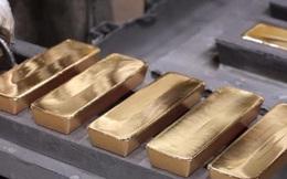 """Chống lại xu thế, vàng trong nước """"cố thủ"""" mốc 57 triệu đồng/lượng"""