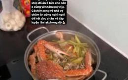 Một cầu thủ tuyển Việt Nam có bữa cơm cách ly nhìn mà mê: Ốc hương, ghẹ, tôm chẳng thiếu gì!