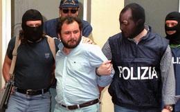 """Người dân Italia """"không thốt nên lời"""" vì trùm mafia tàn độc nhất ra tù"""