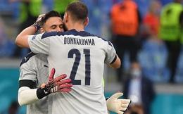 Euro 2020: Đằng sau pha thay người kỳ quặc là nghĩa cử được ngợi khen của HLV Italia