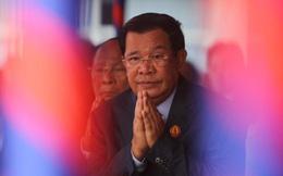 """""""Nhờ Việt Nam giúp đỡ là rất kịp thời, hiệu quả; nếu trông chờ phương Tây, có lẽ quyền làm người của người Campuchia đã tiêu tan"""""""