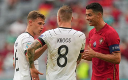 Ngôi sao tuyển Đức tiết lộ nội dung cuộc trò chuyện với Ronaldo