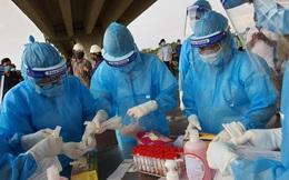 Bệnh viện dã chiến mới hoạt động 2 ngày, nam bác sĩ dương tính COVID-19