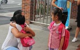 Bé gái đi học mẫu giáo, chờ 3 ngày không có người đến đón, bức thư trong cặp hé lộ nguyên nhân khiến cô giáo bàng hoàng