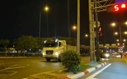 CSGT TP. HCM xác minh clip đoàn xe ben chạy tốc độ cao, vượt đèn đỏ trên đại lộ Võ Văn Kiệt