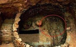 """Vén màn bí ẩn """"ngôi mộ giết người"""" lớn nhất Trung Quốc, 80 thi thể chồng chất bên trong: Các chuyên gia chết lặng!"""