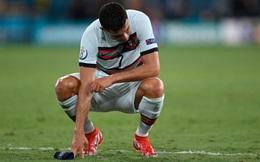 CĐV: 'Ronaldo thật không biết xấu hổ!'