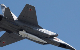 Nga lần đầu điều tiêm kích có khả năng mang tên lửa siêu thanh Kinzhal tới Syria