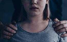 Cha dượng cưỡng hiếp con gái đến mang thai thoát tội vì... không nhớ gì hết