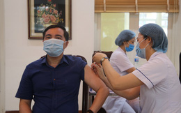 Giảng viên ĐH Y Dược TP.HCM giải thích cách vắc xin Covid-19 tạo ra miễn dịch