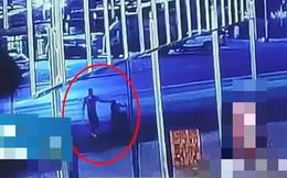 Mẹ già đi nhặt rác mãi không về, người nhà ngã quỵ khi xem đoạn video kinh hoàng được camera ghi lại