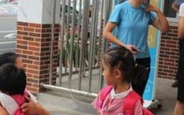 Bé gái 3 tuổi chờ ở trường nhiều ngày không ai đến đón, mẩu giấy trong cặp khiến cô giáo không khỏi phẫn uất