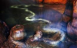 Tin lời đồn có rồng trong hang, người dân địa phương không dám tới gần: Nhà thám hiểm vào cuộc xác nhận sự thật triệu năm!