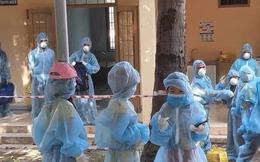 Sự thật sau bức ảnh nhiều trẻ em mặc đồ bảo hộ đi cách ly tập trung ở Phú Yên