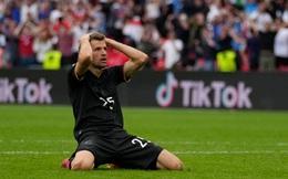"""Chấm điểm Anh vs Đức: Sterling sắm vai người hùng, nhà vô địch World Cup biến thành """"gã hề"""""""