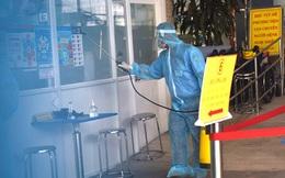 """TP HCM: Dịch bệnh diễn biến nguy hiểm, """"tấn công"""" cơ sở y tế, nhiều nơi phải phong tỏa"""
