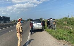 10 người Trung Quốc nghi nhập cảnh trái phép, bỏ chạy khi bị kiểm tra