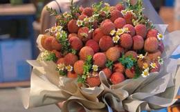 """Mang món đặc sản Bắc Giang đi làm bó hoa, nhiều cô gái """"đổ đứ đừ"""" và khẳng định """"ai tặng sẽ yêu luôn"""""""