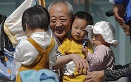 Nhiều người Trung Quốc vui mừng vì không mất tiền, mất việc mà được sinh 3 con