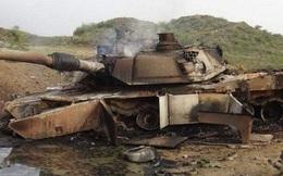 """Cận cảnh xe tăng Mỹ bị tên lửa chống tăng dẫn đường của Nga """"xé toạc"""""""