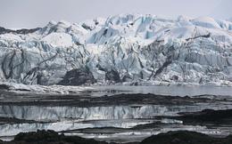 Alaska chứng kiến đợt nắng nóng chưa từng thấy, tạo ra trận ''Ice quake'' mạnh 2,7 độ richter