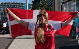 Trải nghiệm kinh hãi tại Euro 2020: Fan nữ Đan Mạch bị hooligan Anh hành hung, giật tóc, nhổ nước bọt