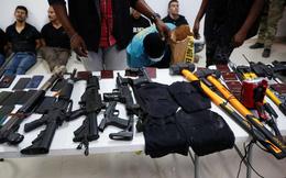 """Tổng thống Haiti bị ám sát: """"Đại tá quân đội"""" bí ẩn, 12 viên đạn và chiếc cầu thang đẫm máu"""