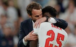 """""""Italia hay toàn diện, trong khi HLV Southgate lúng túng, ứng biến trận đấu không tốt"""""""
