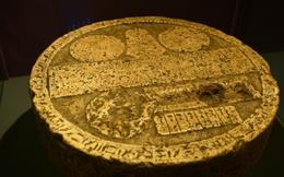 Bàn thờ đá thời Ai Cập cổ đại: Tương truyền chỉ cần đổ nước lên 'sinh khí' sẽ tràn đầy - Người giàu tranh nhau mua