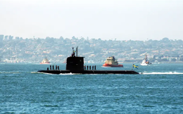 """Công nghệ nào giúp tàu ngầm """"giá rẻ"""" của Thụy Điển đánh bại cả một hạm đội tàu sân bay Mỹ?"""