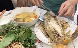 """Ở Việt Nam có món đặc sản """"gà nước mặn"""" cực ngon: Nhìn lớp vỏ như rùa, ăn như thịt gà nhưng thật ra lại là cá"""