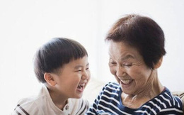 Bà nội hay bà ngoại tốt hơn, lời nói của đứa trẻ khiến người nhà hoảng hốt