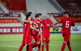 Báo Trung Quốc yêu cầu bóng đá nước nhà học tập Việt Nam, cảnh báo về tương lai khó khăn