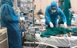 Nữ điều dưỡng tại BV Dã chiến: Chuyện hăm, rát khắp người do đồ bảo hộ đã thành điều bình thường