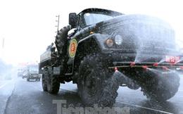 Cận cảnh Quân đội phun khử khuẩn toàn TPHCM sáng nay