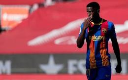 Không chịu kí hợp đồng, 'Pogba mới' bị Barca trừng phạt