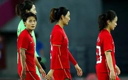 ĐT Trung Quốc thất bại ê chề ở Olympic, báo TQ thốt lên: Giờ thì hết đường để khoe khoang!