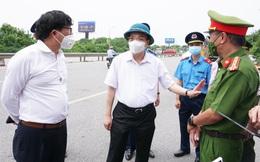 Chủ tịch Hà Nội: Mở tối đa 'luồng xanh' cho các xe được đi xuyên qua Thủ đô mà không bị kiểm tra