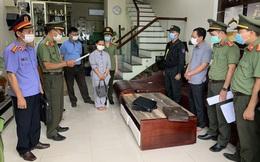 Khởi tố, bắt tạm giam Chánh văn phòng Cảng hàng không quốc tế Phú Bài