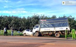 Đi sai làn đường, 3 người trên ô tô bị xe tải tông tử vong