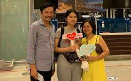 """Tiễn con gái đi du học giữa mùa dịch, NSND Trung Anh: """"Con chưa bay lòng bố mẹ đã rối bời"""""""