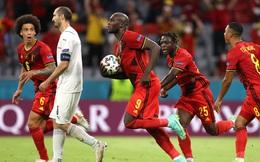 Romelu Lukaku: Chàng hề đội lốt người hùng