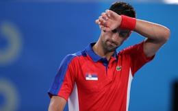 Novak Djokovic thất bại ở bán kết Olympic, bởi con người nào phải sỏi đá