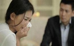 Thấy vợ đau bụng quằn quại sau đêm tân hôn, chồng vội đưa đi khám, không ngờ lại được bác sĩ tiết lộ 1 sự thật khó tin