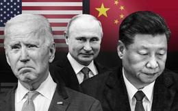 """Có """"bảo hiểm quân sự"""" từ Trung Quốc, Nga tự tin tấn công: Âm mưu của Mỹ phá sản?"""