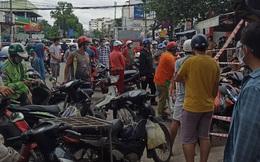 TP.HCM phong tỏa bãi xe 397 Đinh Bộ Lĩnh: Người dân tụ tập đông nghẹt để lấy hàng hóa